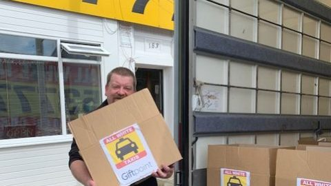 All White Taxis drivers deliver parcels to customers affected by Coronavirus lockdown