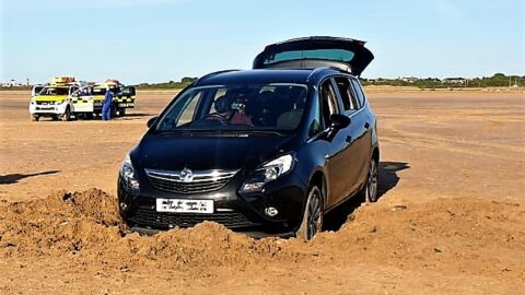 100 vehicles ordered to leave Ainsdale Beach after safety concerns call