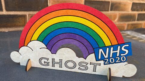 New Southport business creates Rainbow signs for children to raise money for the NHS