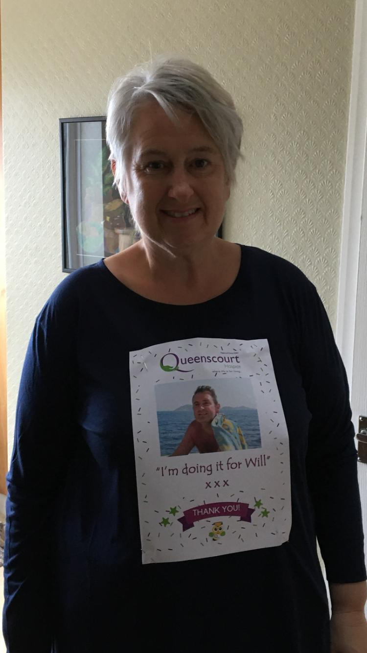 Erica Squire decided to challenge herself by walking 20,000 steps a day during the first 21 days of lockdown to raise money for Queenscourt in Southport as a thank you for the care her late husband Will had received at the hospice.