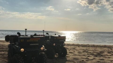 Southport Lifeboat crews rescue children from drowning at Southport Beach