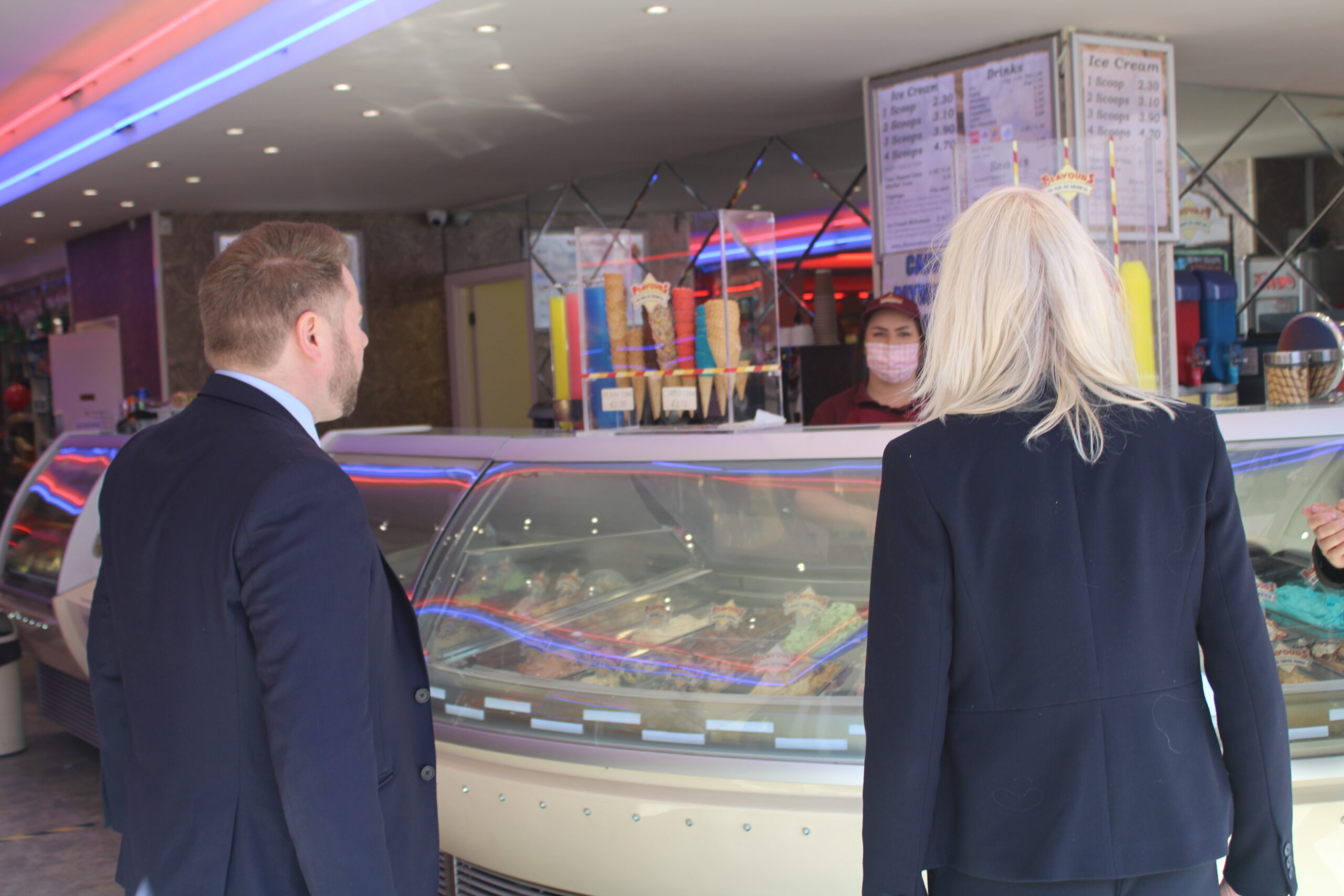Conservative Party Co-Chairman Amanda Milling MP enjoyed a visit to Silcock's Funland and Silcock's Flavours Ice Cream Parlour in Southport. The MP was welcomed by Southport MP Damien Moore, Sefton Council Conservative Group leader Cllr Tony Brough and Herbert Silcock and his family