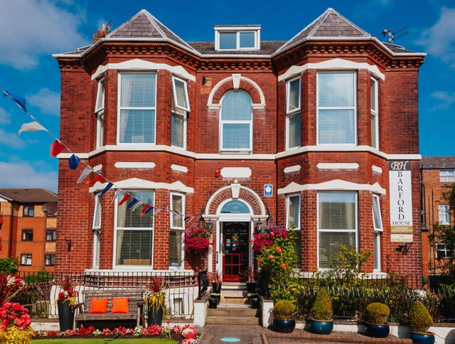 Barford House Holiday Apartments in Southport