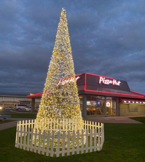 New Christmas tree and decorations being festive cheer to Ocean Plaza thanks to Southport BID