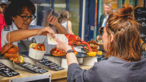 Restaurants, pubs and cafes can provide takeaway services for another year