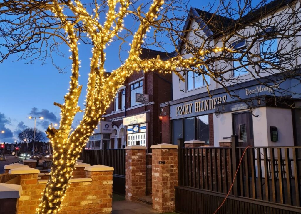 The tree at Peaky Blinders bar in Churchtown in Southport has bee illumintaed by Illumidex UK Ltd