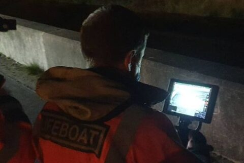 Southport Lifeboat and Coastguard rescue missing woman on Southport Beach