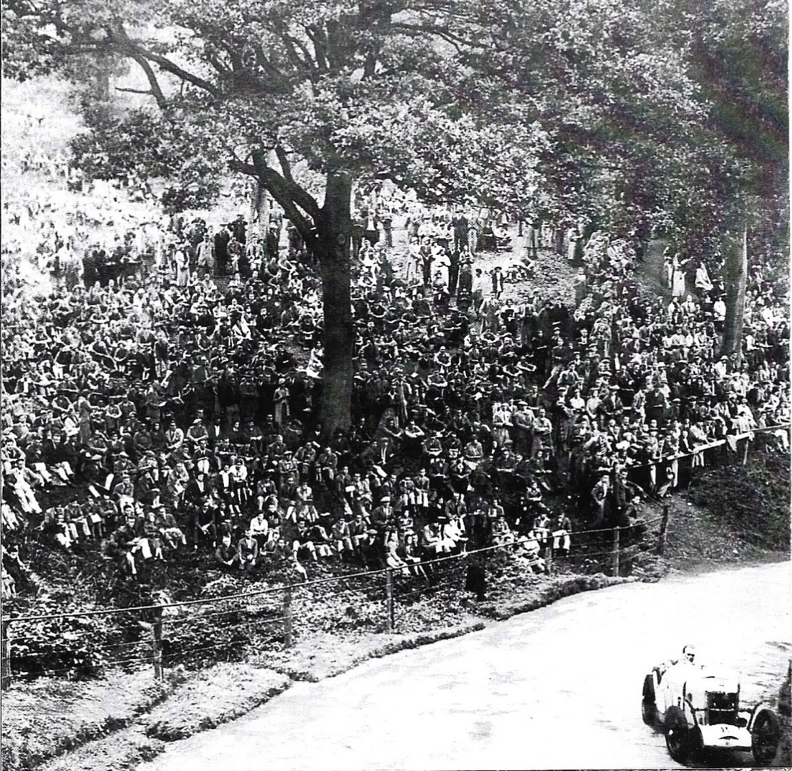 The MG J3 in Summer 1933. Look at those crowds! Bill Platt competed at the Shelseley Walsh Hill Climb near Worcester. On both occasions it was held in 1933. Amazingly he set an identical best time of 54.20 seconds on both occasions! Photo by Nev Churcher