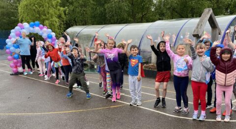 Norwood Primary School children raise £7,000 for Cancer Research through Race For Life